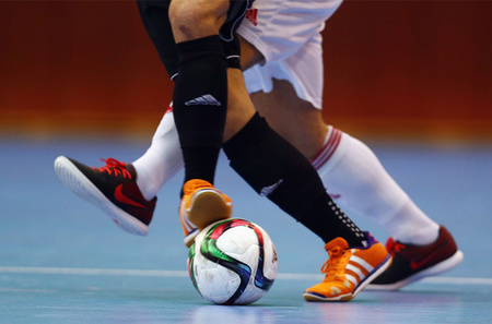 Left or right futsal
